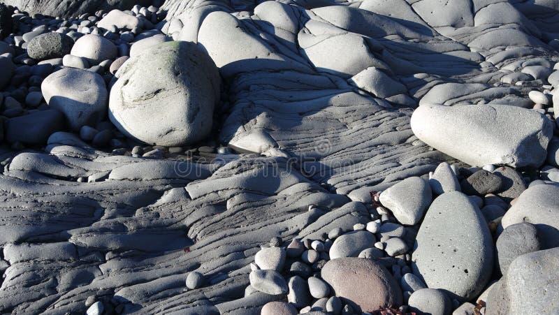 Pebble Beach bei Hellnar, Island lizenzfreies stockfoto