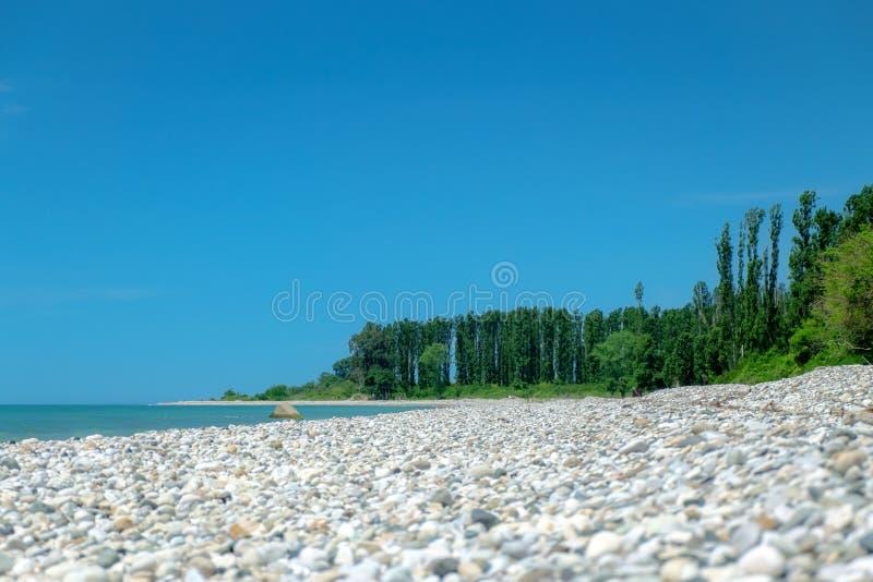 Pebble Beach en l'Abkhazie photographie stock libre de droits