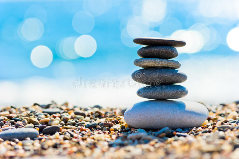 Download Pebble Beach And Gray Spa Stones In The Form Of A Tower Stock Photography - Image: 36854762