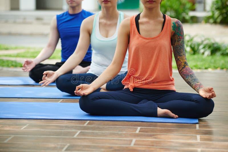 Peceful meditation royaltyfri fotografi