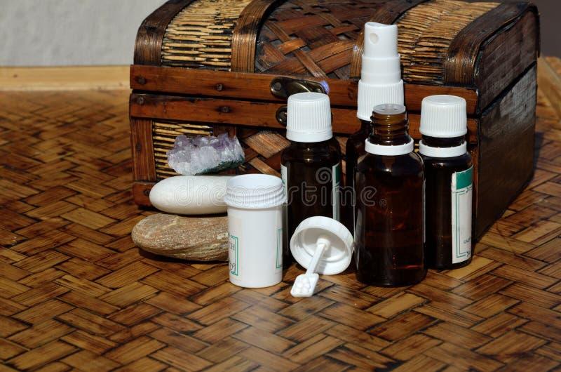 Pecho y remedios homeopáticos fotografía de archivo