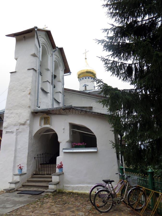 pechora Pskov cava o monastério Capela de Nikolas de Saint imagem de stock royalty free
