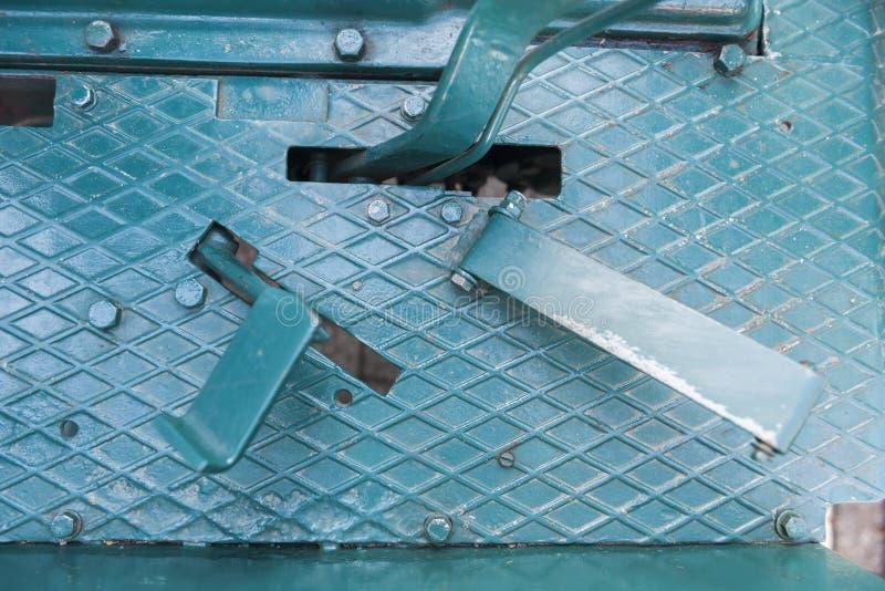 Pedali del piede di un trattore immagine stock libera da diritti