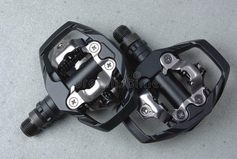 Pedali della bici di montagna fotografia stock