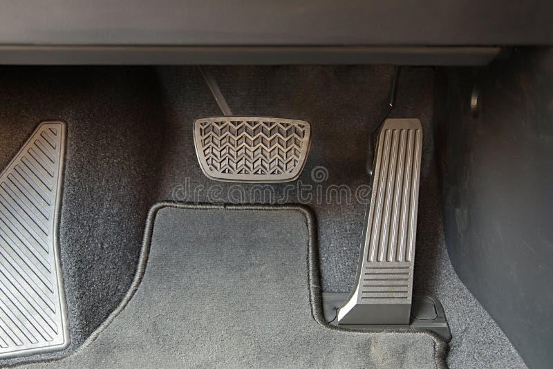 Pedali di un'automobile fotografia stock