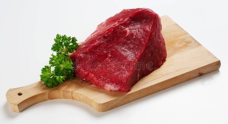 Pedazo De Carne De Vaca En El Escritorio De Madera Foto De Archivo Gratis
