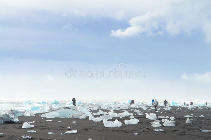 Pedazos de iceberg de la laguna glacial de Jokulsarlon fotos de archivo