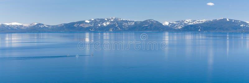 Peddel het inschepen Meer Tahoe stock foto