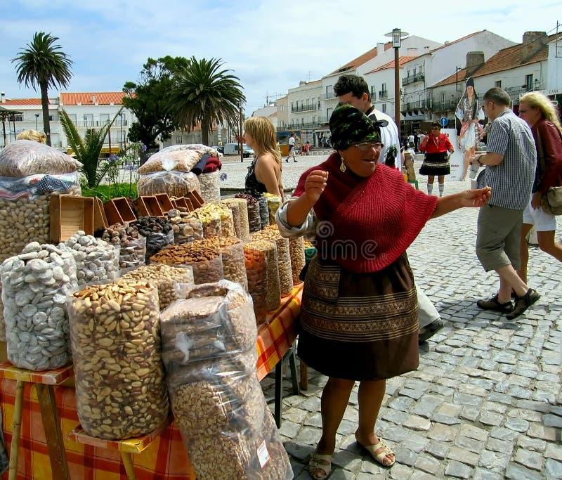 Peddler portoghese. Nazare. fotografie stock libere da diritti