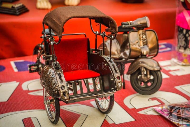 Pedicap diminuto com cor vermelha e grande qualidade fez brinquedos fotografia de stock royalty free