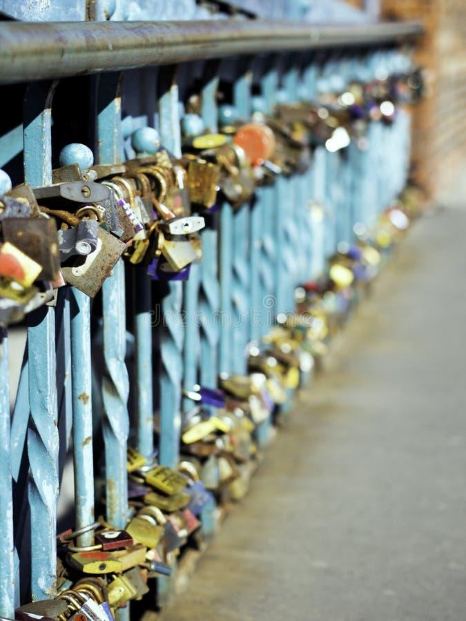 Pedlocks влюбленности стоковая фотография rf
