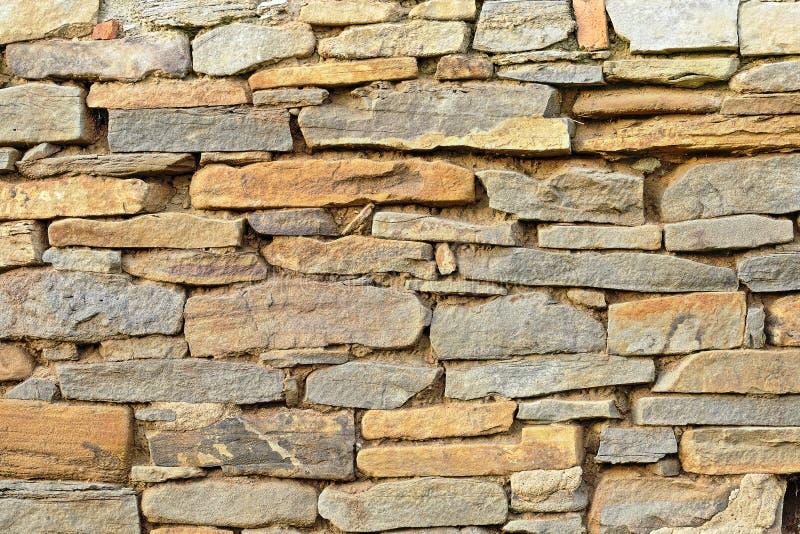 A pedra construiu a parede foto de stock royalty free