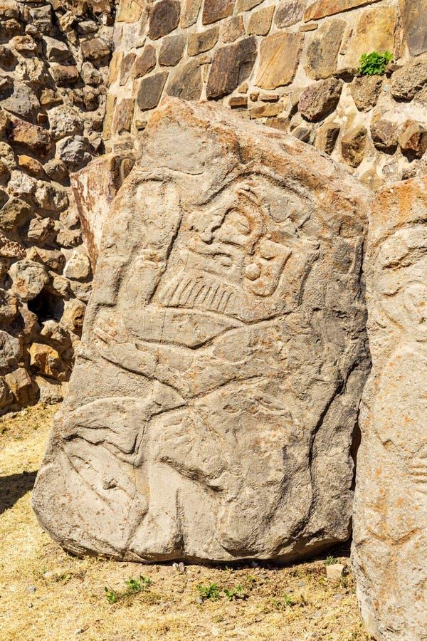 Pedra da sala dos dançarinos no local de Monte Alban, México fotos de stock royalty free