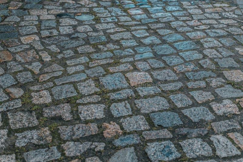 Pedra de pavimenta??o suja mas ? moda e acolhedor na perspectiva imagem de stock royalty free