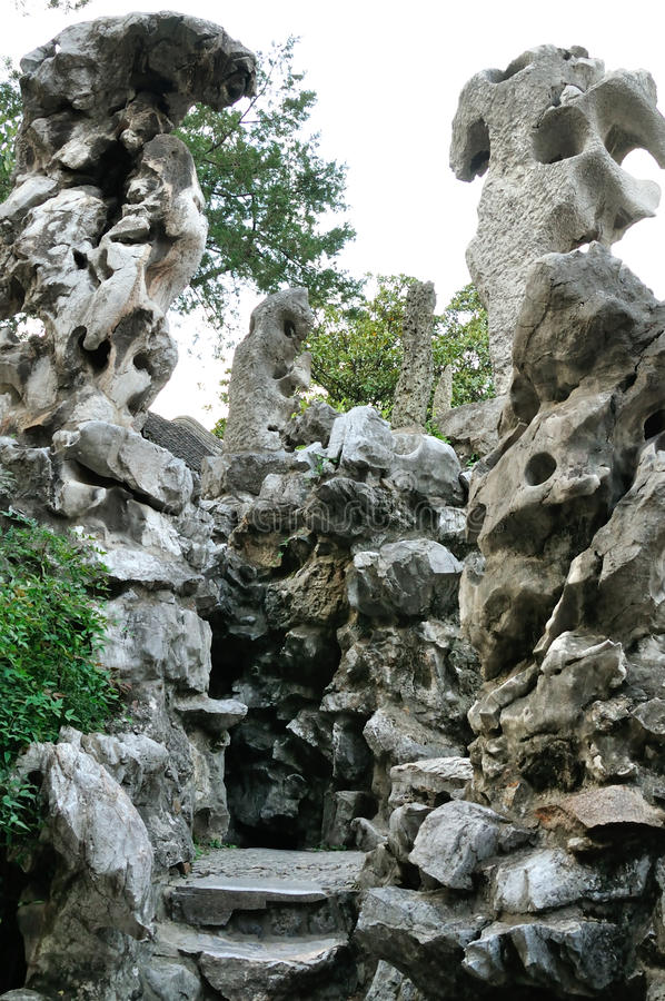 Pedra do jardim ornamental fotos de stock royalty free