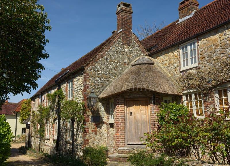 Pedra inglesa casa de campo murada do país fotografia de stock