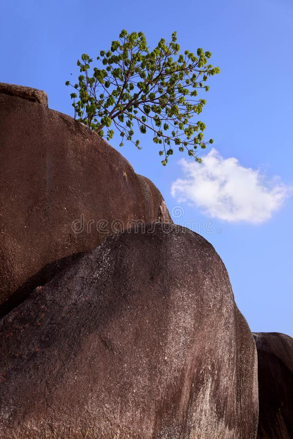 A pedra a mais grande do granito fotografia de stock