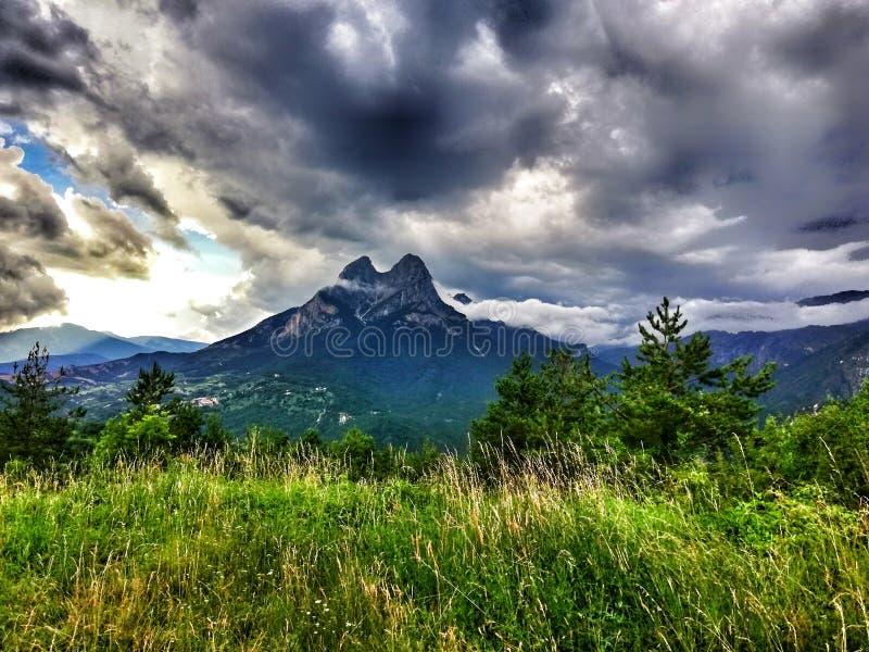 Pedraforca& x27 βουνό του s στοκ φωτογραφίες