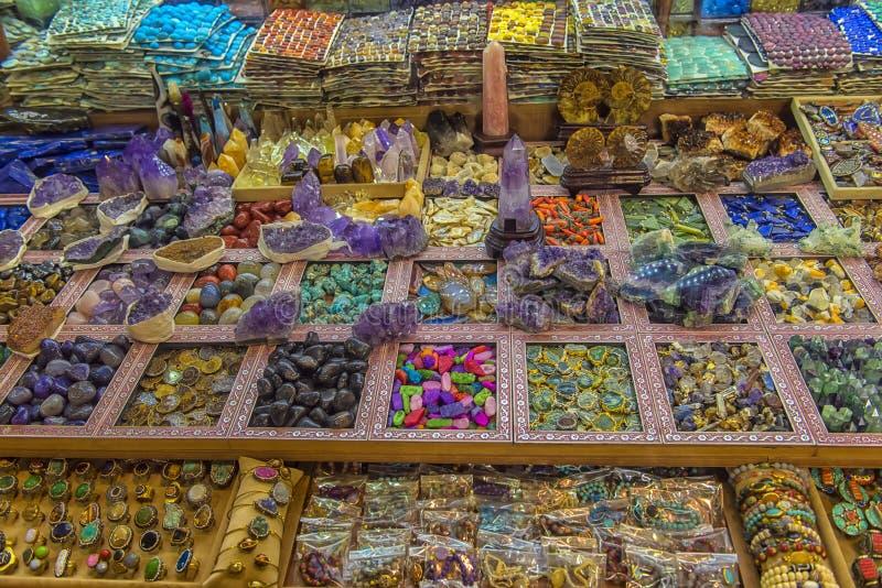 pedras coloridas para a venda imagens de stock royalty free