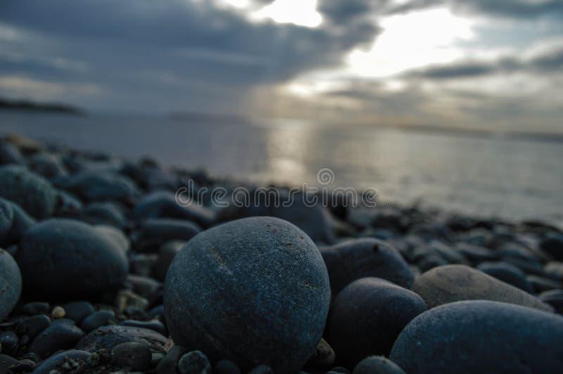 Pedras da praia fotos de stock royalty free