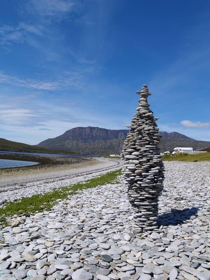 Pedras da praia de Ardmair fotos de stock
