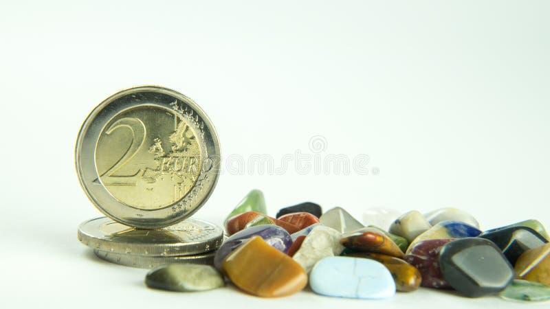 Pedras e dinheiro fotografia de stock royalty free