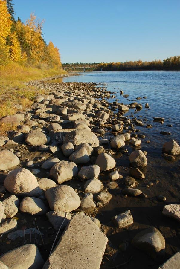 Pedras em River Valley imagem de stock