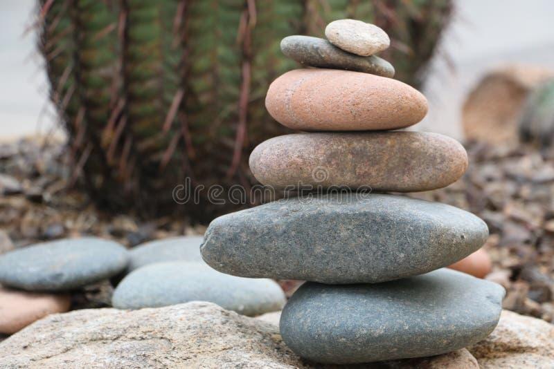 Pedras empilhadas fotografia de stock