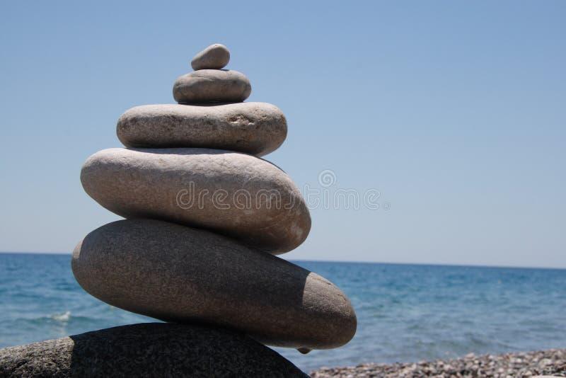 Download Pedras no seashore foto de stock. Imagem de acordo, massaging - 10061788