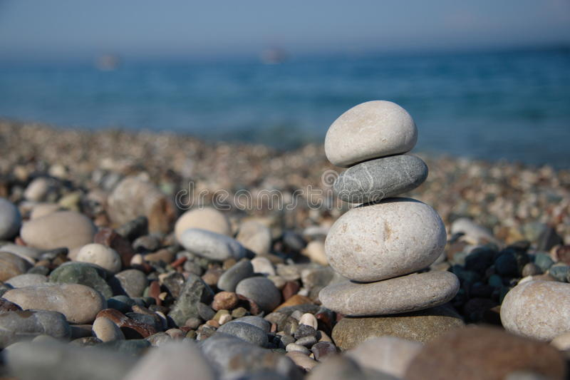 Download Pedras no seashore imagem de stock. Imagem de rocha, back - 10062881