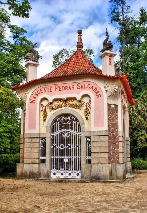Pedras Salgadas springbrunn i parkera royaltyfria bilder