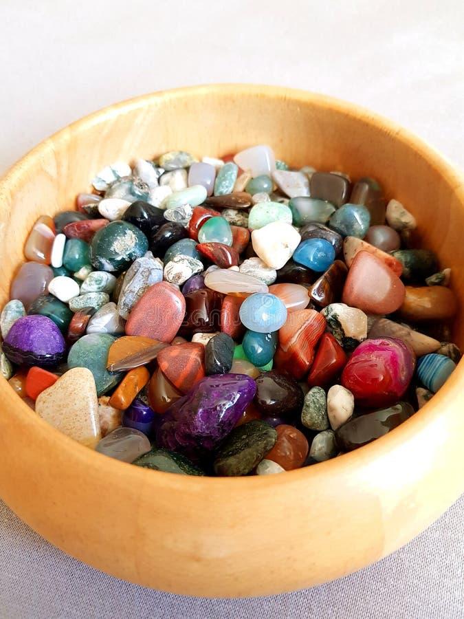 Pedras semipreciosas coloridas fotografia de stock royalty free