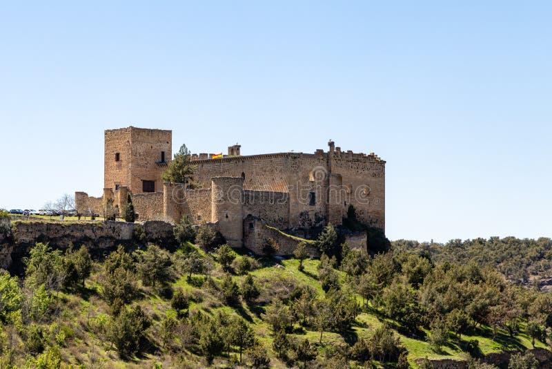 Pedraza, Castilla Y León, España: vista del castillo de Pedraza de Mirador el Tungueras imagenes de archivo