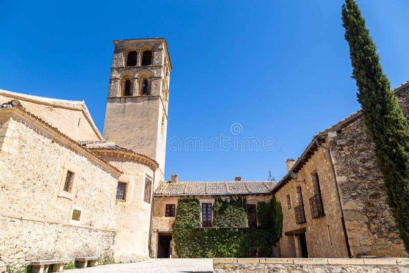 Pedraza, Castilla Y Le?n, Espa?a: Iglesia de San Juan Bautista imagen de archivo