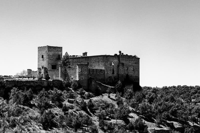 Pedraza, Castilla Y Le?n, Espa?a: vista del castillo de Pedraza de Mirador el Tungueras imagenes de archivo