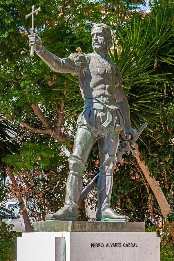 Pedro Alvares Cabral-standbeeld, voor Graca Church wordt geplaatst dat stock fotografie