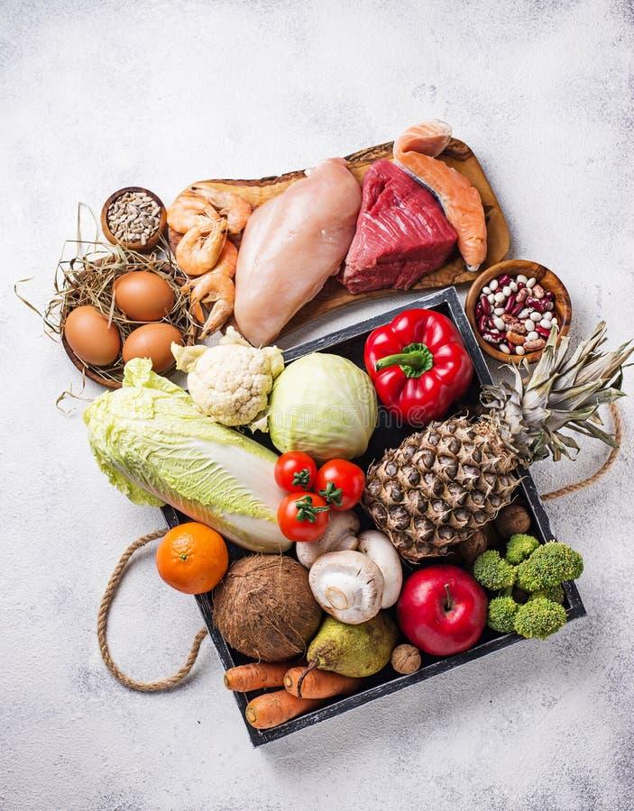 Pegan bantar Paleo och strikt vegetarianprodukter arkivfoton