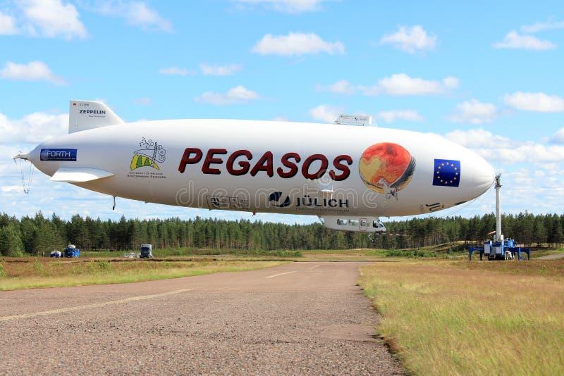 Pegasos策帕林飞艇NT在Jamijarvi,芬兰 图库摄影