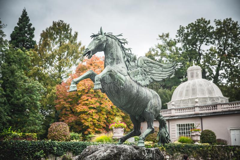 Pegasus-Skulptur in Salzburg stockbilder