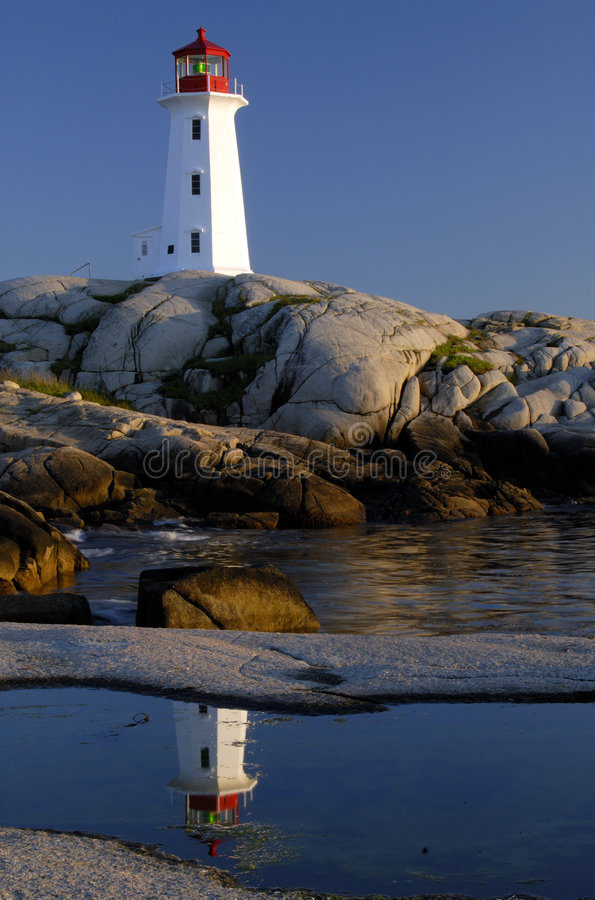 Peggy's Cove Lighthouse. Verticle Framing Of Peggy's Cove Lighthouse Nova Scotia, Canada