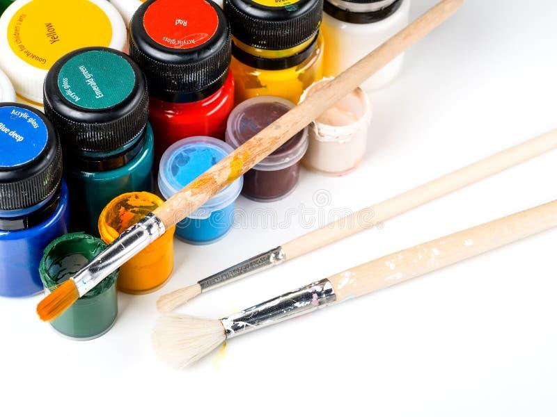 Peignez et balayez pour dessiner sur un fond blanc photographie stock libre de droits