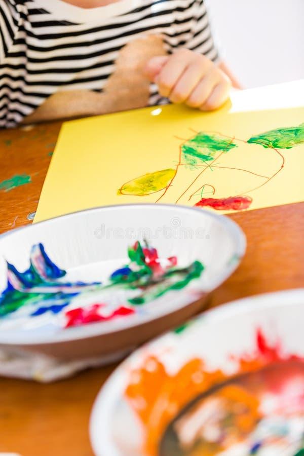 Download Peinture image stock. Image du peint, états, jeune, gosses - 45371389