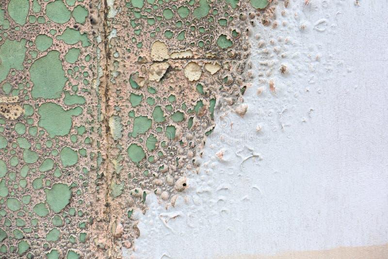 Peinture Bouillonnée Sur Le Mur En Béton Photo Stock Image