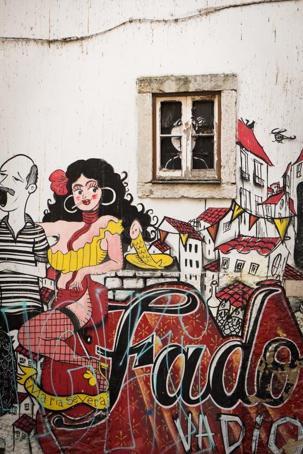 Peinture d'art de rue à Lisbonne, Portugal image stock