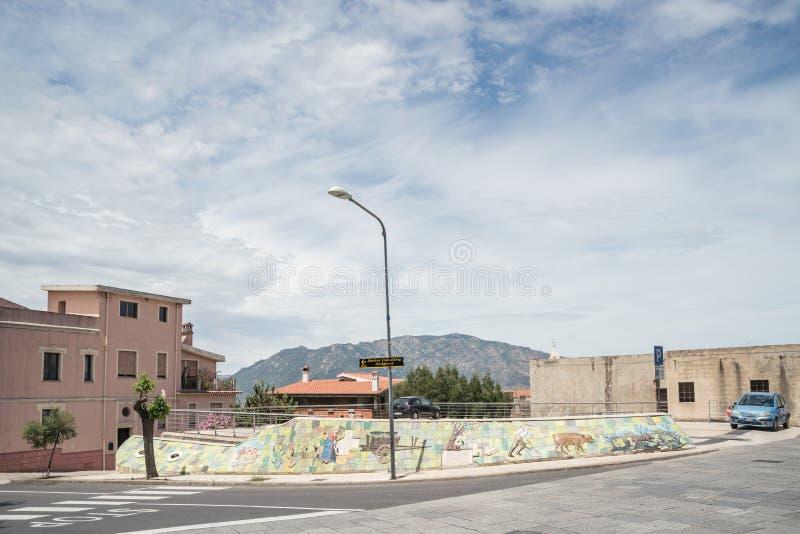 Peinture de mur, murales dans le village d'Oliena, province de Nuoro, ?le Sardaigne, Italie photo stock