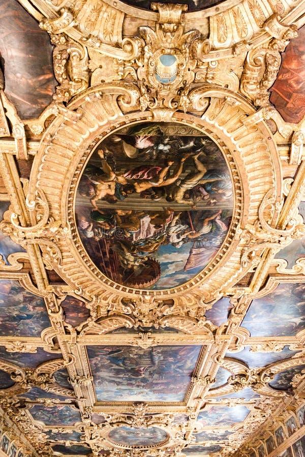 Peinture de Palazzo Ducale de palais du ` s de doge sur le plafond photographie stock