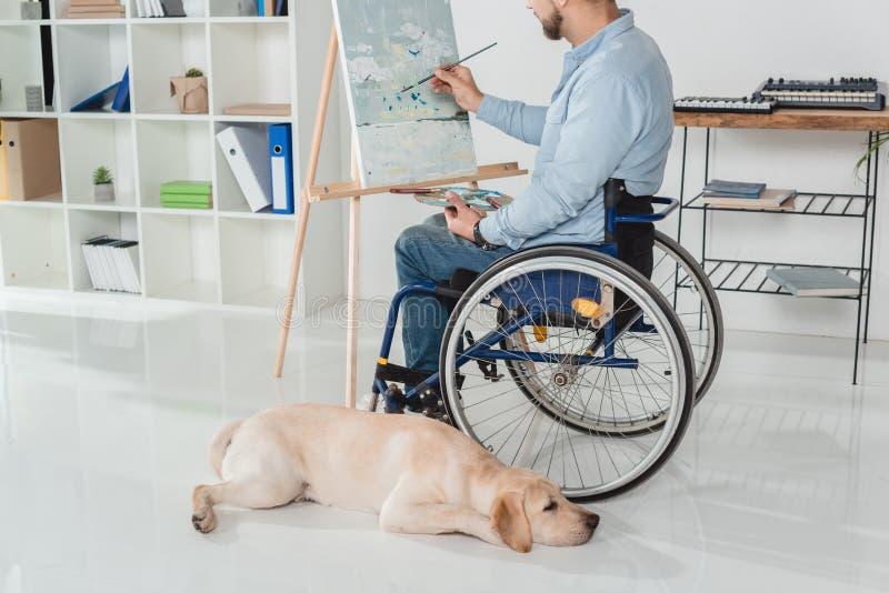 Peinture handicapée d'homme photo libre de droits