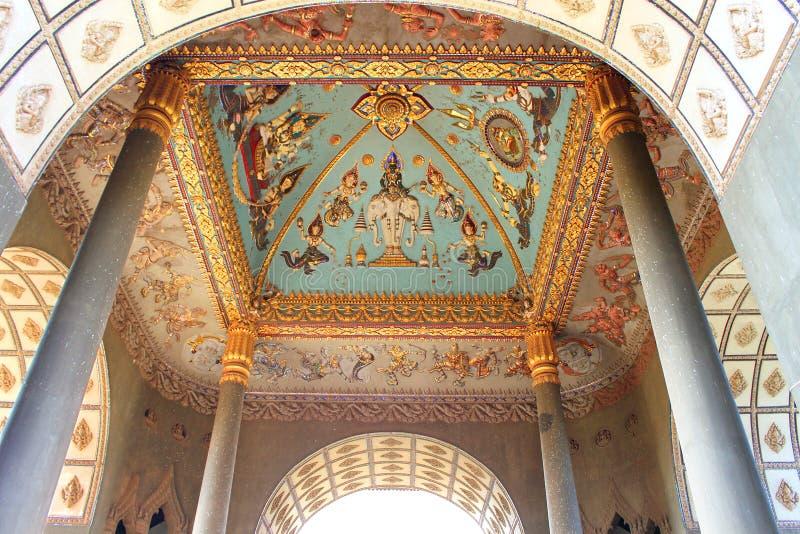 Peinture murale de plafond de monument de voûte de Patuxai image stock