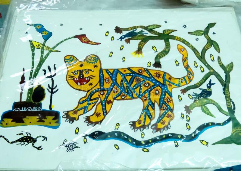 Peinture ouvrée par main tribale par Adivasi de Jhabua photos libres de droits