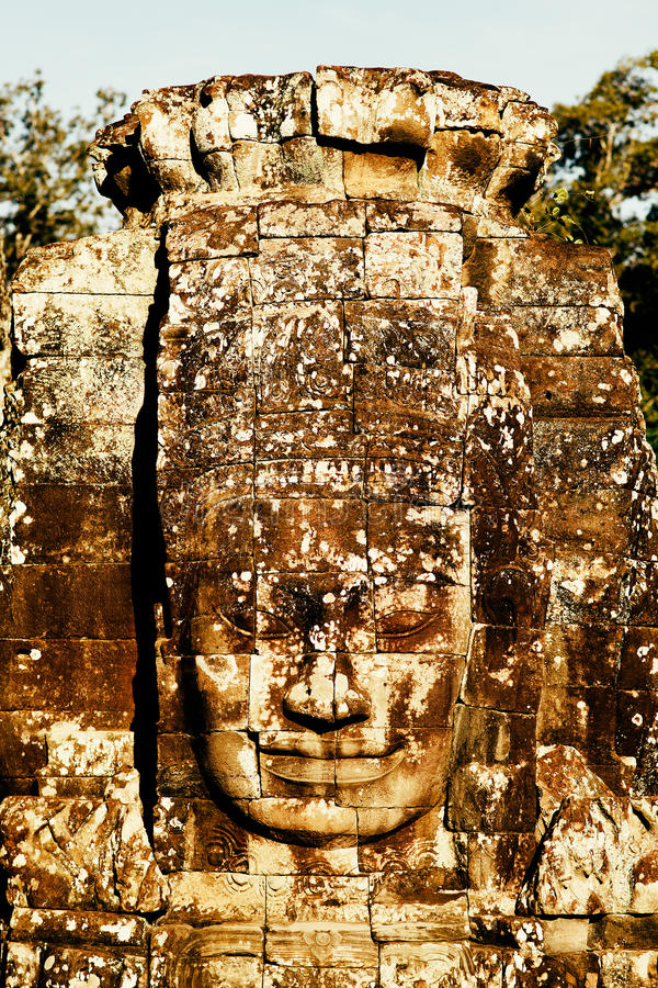 Peintures murales et sculptures en pierre dans Angkor Vat photos libres de droits